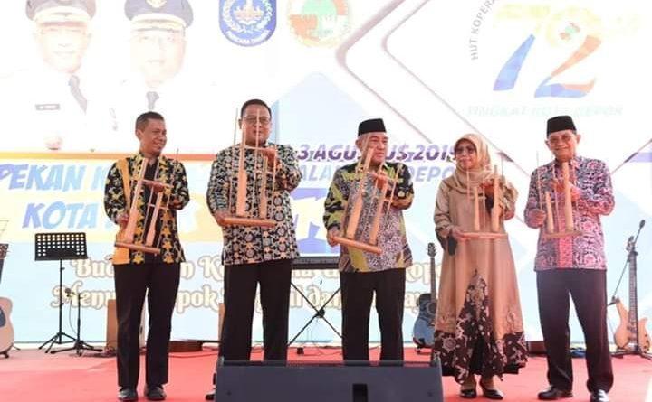 Photo of Pemkot Depok Beri Perhargaan Tiga Koperasi Berprestasi