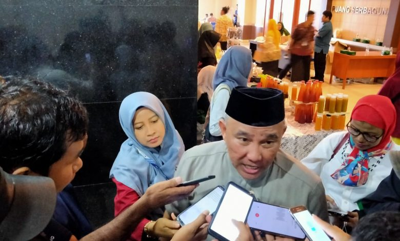 Photo of Wali Kota Depok  Resmikan Lima Kampung KB di Cipayung