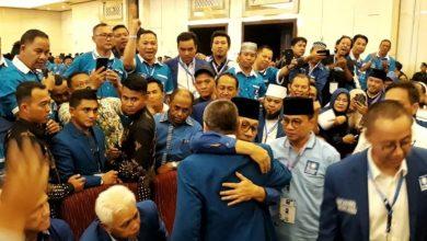 Photo of Zulkifli Hasan Buka Sejarah Baru PAN, Terpilih Sebagai Ketua Umum Duak Kali