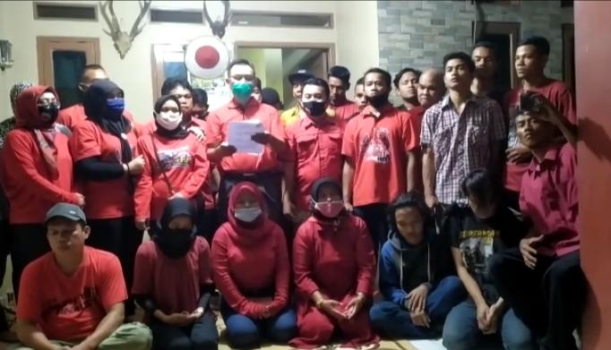 Photo of Jelang Pilkada Depok, Pengurus Ranting PDIP Pondok Petir Undur Diri, Ada Apa?