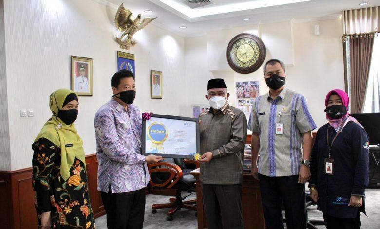 Photo of Pemkot Depok Terima Penghargaan Capaian Response Rate dari BPS RI