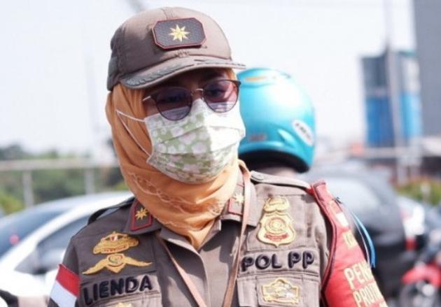 Photo of Satpol-PP Depok Temukan Pelanggar Aturan PAU di Beberapa Wilayah