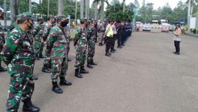 Photo of Antisipasi Demo Lanjutan UU Ciptaker, TNI-Polri di Tangsel Gelar Apel Gabungan
