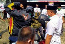 Photo of Datang ke Lokasi Kampanye, Gaya Merakyat Pradi Bikin Warga Melongo