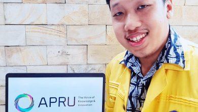 Photo of Mahasiswa FKM UI Raih Juara 2 Dunia di APRU Berkat Riset Dampak Penggunaan Laptop Saat WFH