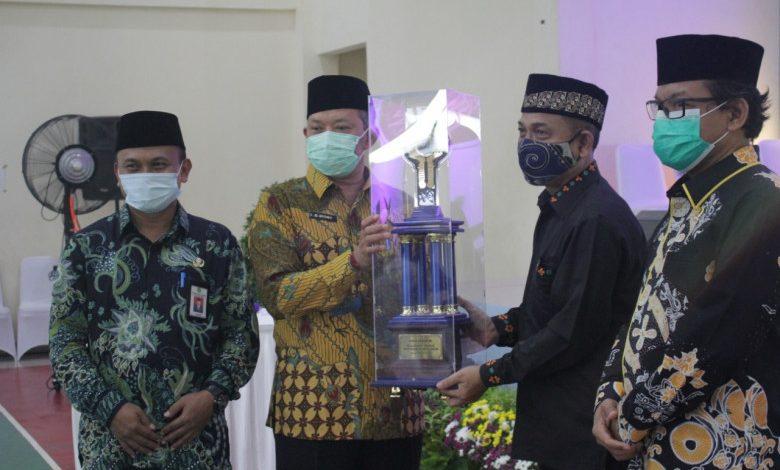 Photo of Piala MTQ Kota Depok Diraih Kecamatan Beji